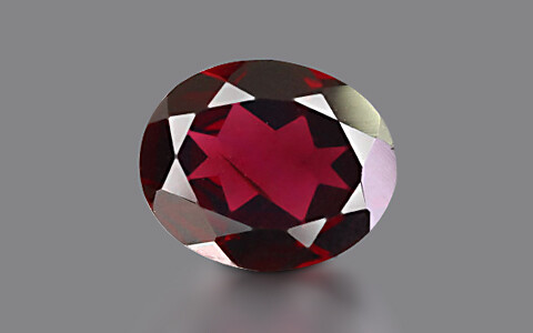 Red Garnet - 3.67 carats