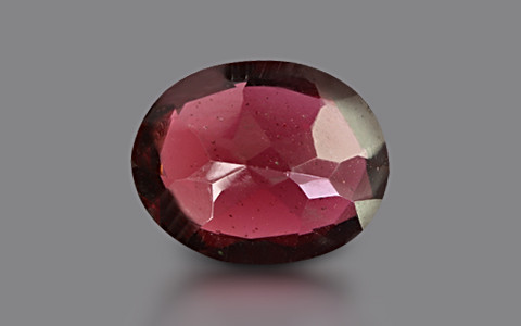 Red Garnet - 3.84 carats