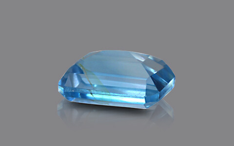 Sky Blue Topaz - 7.43 carats