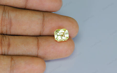 Yellow Sapphire - 5.08 carats