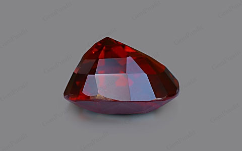 Pigeon Blood Ruby - 5.03 carats