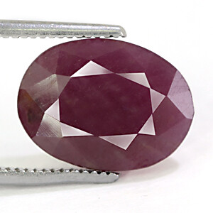 Ruby - 5.11 carats