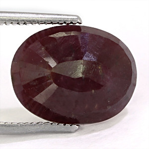 Ruby - 5.61 carats