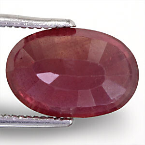 Ruby - 5.69 carats