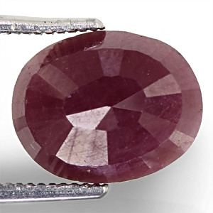 Ruby - 5.56 carats