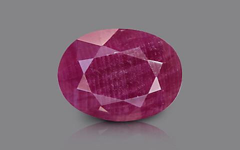 Ruby - 4.39 carats