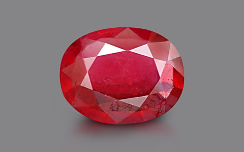 Ruby - 6.80 carats