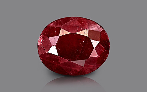 Ruby - 4.67 carats