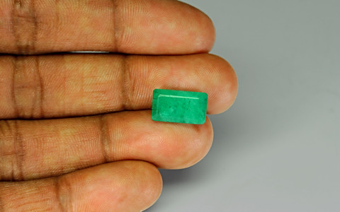 Emerald - 5.29 carats