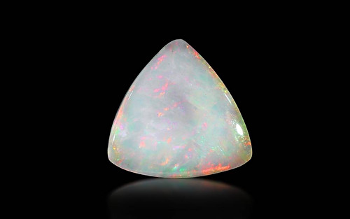 White Opal With Fire - 5.37 carats
