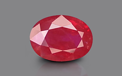 Pigeon Blood Ruby - 5.15 carats