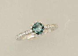 14K White Gold Green Sapphire Ring