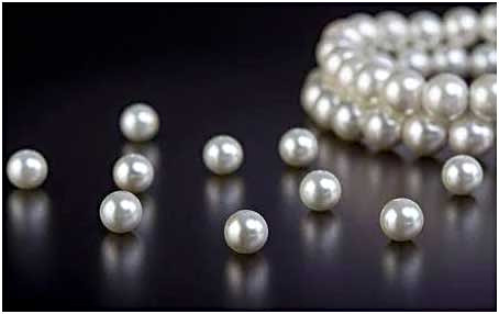 All About Pearls (Moti)
