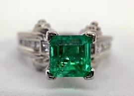 Princess-Cut Green Sapphire Ring